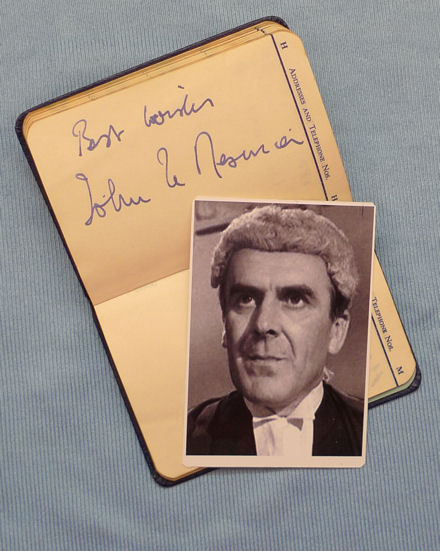 John Le Mesurier bewigged as Judge Ryman
